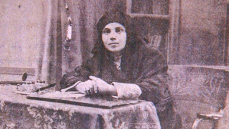 İlk Türkçe 1 Mayıs şiiri ve proleter şaire Yaşar Nezihe- Ali Duran Topuz